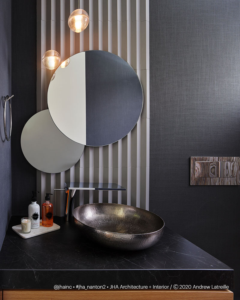 Nanton II Residence - Powder Room